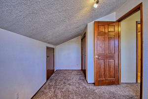 2108 Campbell Rd NW-large-074-73-Campbel