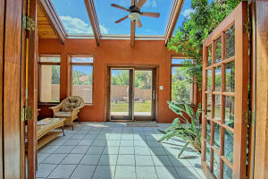 2108 Campbell Rd NW-large-016-15-Campbel