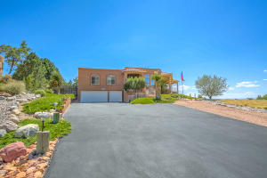 1483 MORNING GLORY ROAD NE, ALBUQUERQUE, NM 87122  Photo 2
