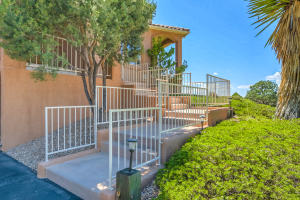 1483 MORNING GLORY ROAD NE, ALBUQUERQUE, NM 87122  Photo 4