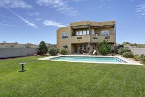 Property for sale at 1711 Aragon Court NE, Rio Rancho,  NM 87144