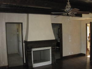 bed1fireplace