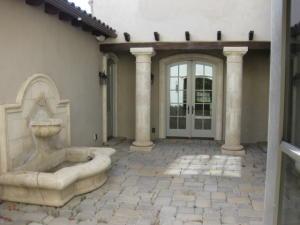 interiorcourtyard