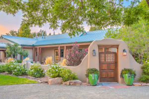 Property for sale at 6435 El Camino Guadalupe Road NW, Los Ranchos,  NM 87107