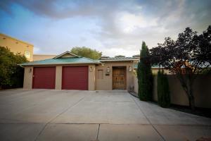 Property for sale at 2808 Aloysia Lane NW, Albuquerque,  NM 87104