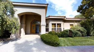 Property for sale at 5715 Eakes Court NW, Los Ranchos,  NM 87107