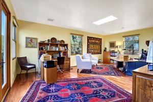 Private Den w/Mesquite Flooring