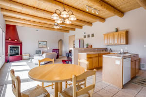147 Windmill Trail N Kitchen b