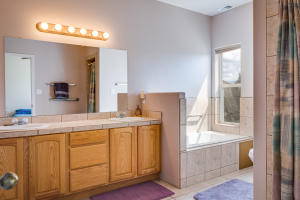 147 Windmill Trail N Master Bath a