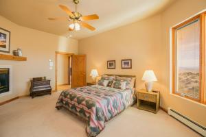 056-GuestBedroom