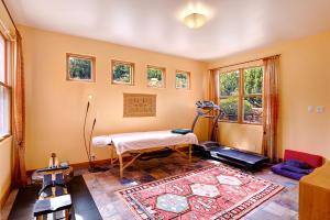Master Bedroom Suite Bonus Room