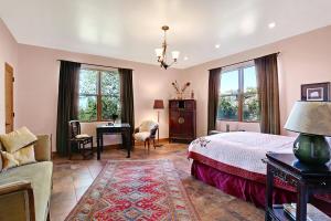 Large Bedroom Spaces