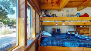 5fFs9S7JHWL - Bedroom(1) mod