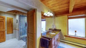 5fFs9S7JHWL - Master Bathroom mod1