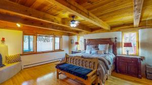 5fFs9S7JHWL - Master Bedroom mod