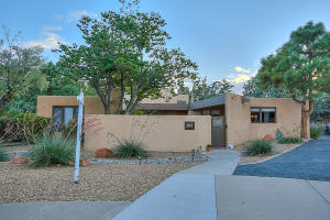 Property for sale at 3505 La Sala Redonda NE, Albuquerque,  NM 87111
