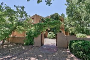 Property for sale at 8206 Rio Grande Boulevard NW, Los Ranchos,  NM 87114