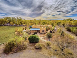 330 Faculty Ln Corrales NM-print-003-16-