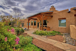 330 Faculty Ln Corrales NM-print-017-15-