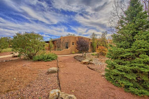 330 Faculty Ln Corrales NM-print-090-92-