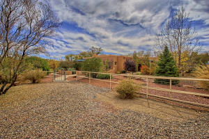 330 Faculty Ln Corrales NM-print-008-31-