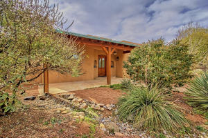 330 Faculty Ln Corrales NM-print-011-61-
