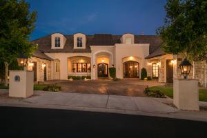 Property for sale at 11808 Zinfandel Avenue NE, Albuquerque,  NM 87122