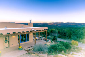Property for sale at 50 Calyx Lane, Cedar Crest,  NM 87008