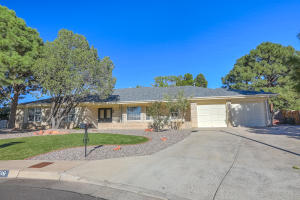 Property for sale at 5616 Dogwood Trail NE, Albuquerque,  NM 87109