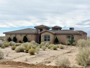 Property for sale at 2213 Acapulco Road NE, Rio Rancho,  NM 87144