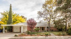 Property for sale at 709 Loma Linda Place SE, Albuquerque,  NM 87108
