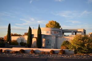 Property for sale at 8421 Florence Avenue NE, Albuquerque,  NM 87122