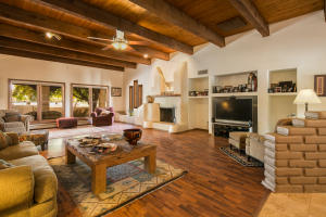 Property for sale at 20 Rivendell Lane, Los Lunas,  NM 87031
