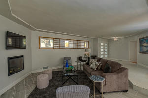 600 Raynold Ave SW-10