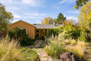 Property for sale at 2530 Veranda Road NW, Albuquerque,  NM 87107