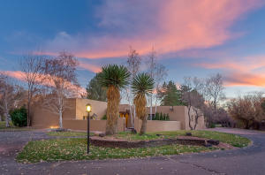 Property for sale at 30 Camino De La Paloma Road, Corrales,  NM 87048