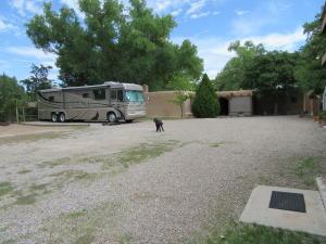 509 Los Ranchos 038
