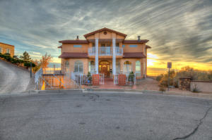 Property for sale at 4400 Canyon Court NE, Albuquerque,  NM 87111