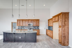 10 Sundagger Kitchen b