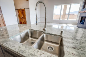 10 Sundagger Kitchen Sink