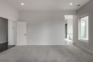 10 Sundagger Master Bedroom c