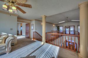 4400 Canyon Court NE-47