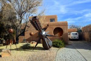 Property for sale at 624 Monroe Street SE, Albuquerque,  NM 87108