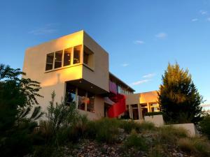Property for sale at 409 Ridge Place NE, Albuquerque,  NM 87106