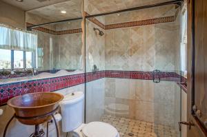 Guest Qtr - Bath