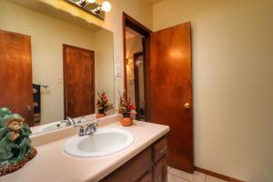 13-Hall Bath