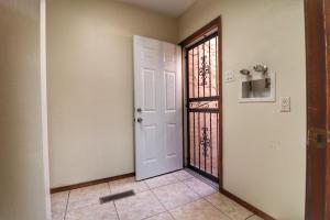 19-Laundry Room - Exit Door