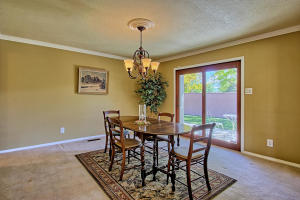 2108 Campbell Rd NW-large-028-74-Campbel