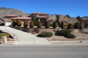 Property for sale at 1604 Camino De La Sierra NE, Albuquerque,  NM 87112
