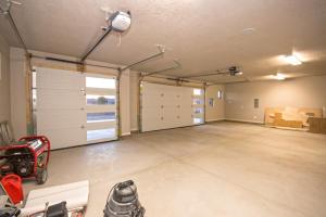11 August Mader Garage